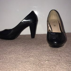 Glossy black paten leather heals